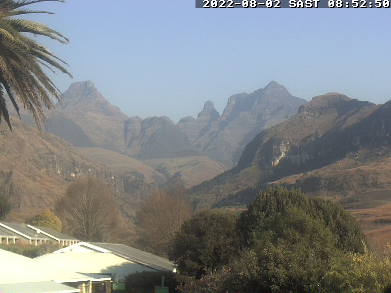 Cathedral Peak Hotel - Webcam