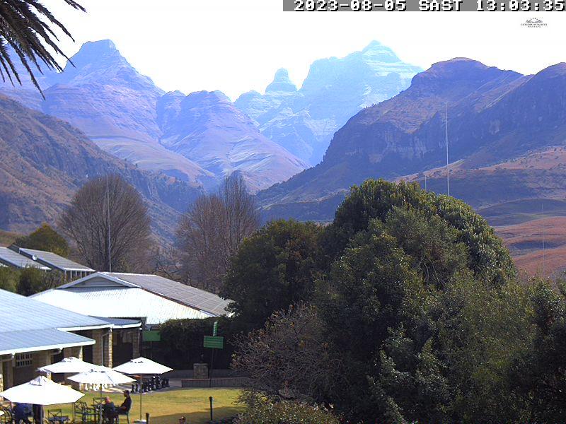 Cathedral Peak Hotel - Webcam